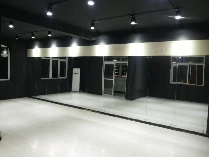街舞教室装修效果图 黑色