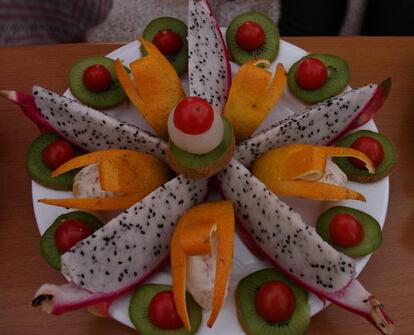 怎么做立体水果拼盘,最正宗立体水果拼盘的做法大全